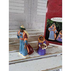 Hallmark heaven's gift nativity ornament 1995 Xmas